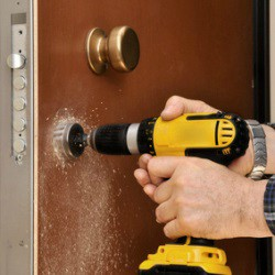 san-antonio-car-key-pros-residential-locksmith-services-in-helotes