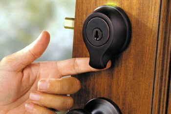 Keyless Entry Lock Installation In Corpus Christi Texas by San Antonio Car Key Pros
